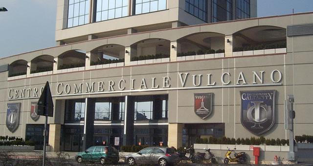 Vulcano, tutti i negozi del centro commerciale a Sesto San